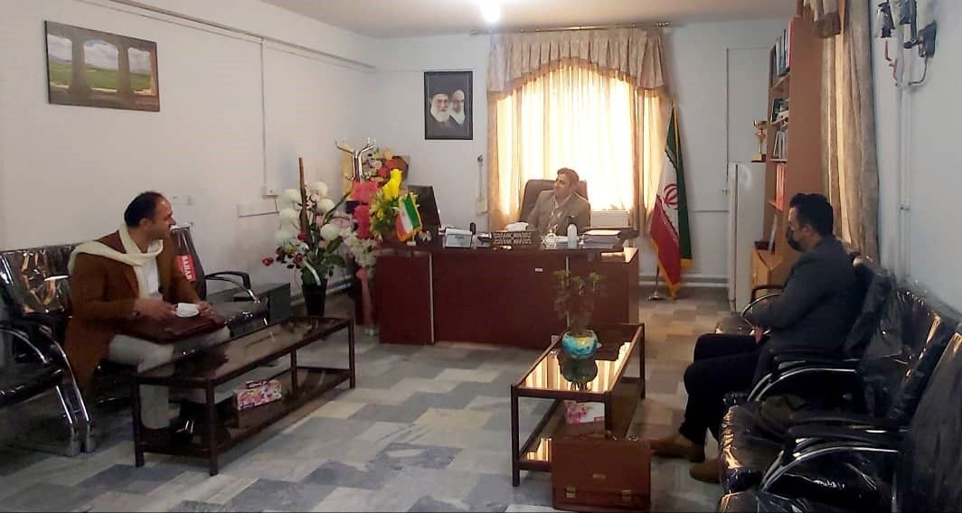 نشست با بخشدار بخش مرکزی شهرستان مهاباد