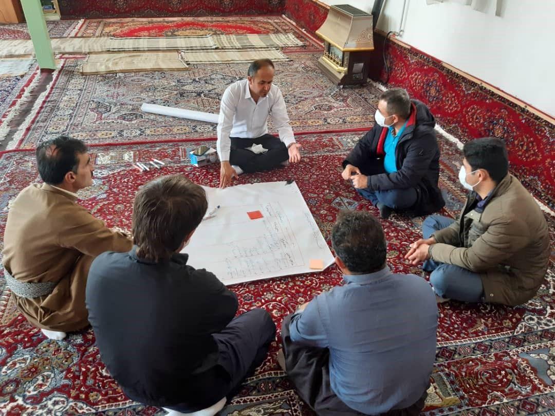 نشست بررسی سرمایه ها و ظرفیت هی روستای گابازله