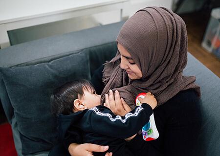 هنگام شیر دادن نوزاد چه دعایی بخوانیم؟