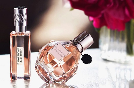 پرفیوم چیست؟ تفاوت پرفیوم با عطر ، اسانس perfume