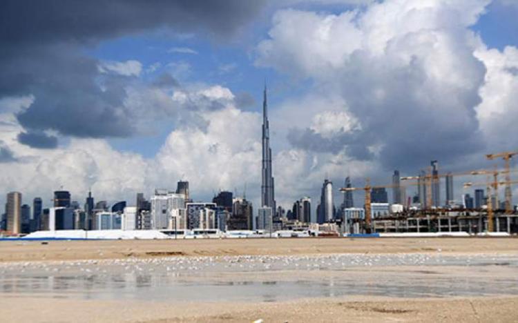 تولید باران مصنوعی در دبی و غلبه بر گرما