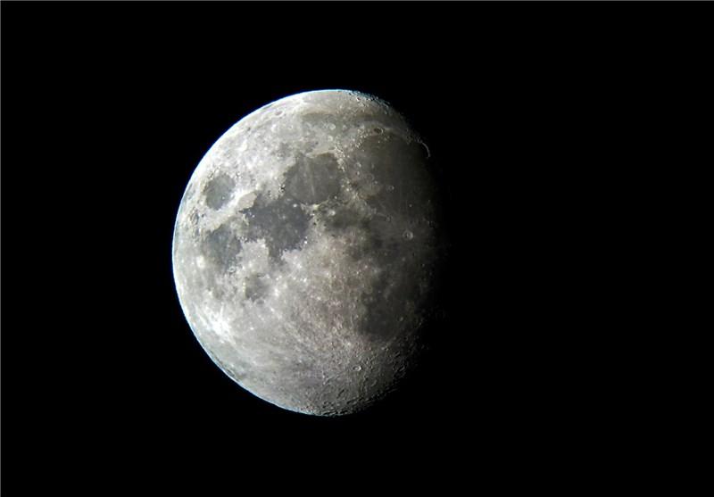 ناسا عکس تکه ای از کره ماه را منتشر کرد