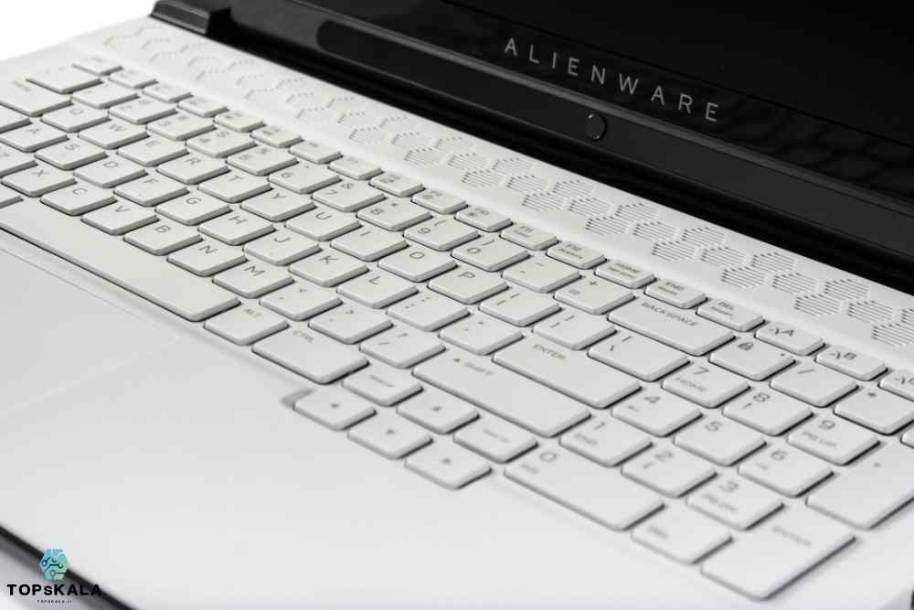 لپ تاپ استوک دل مدل Alienware M17 R2