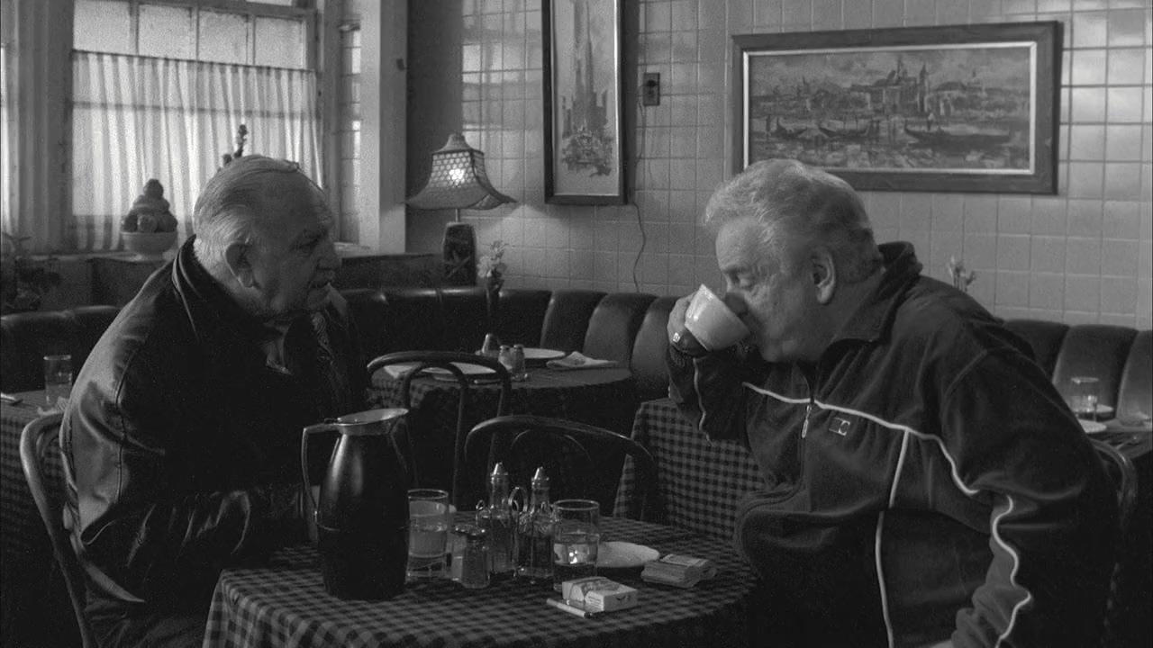 فیلم سینمایی قهوه و سیگار جیم جارموش