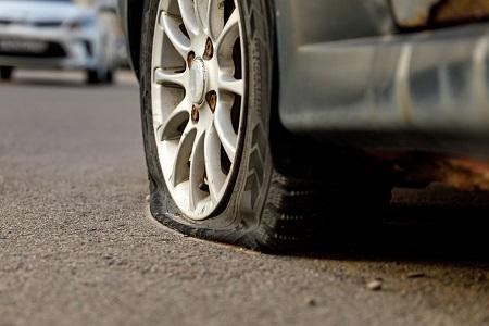 عوامل پنچر شدن لاستیک خودرو Flat tire