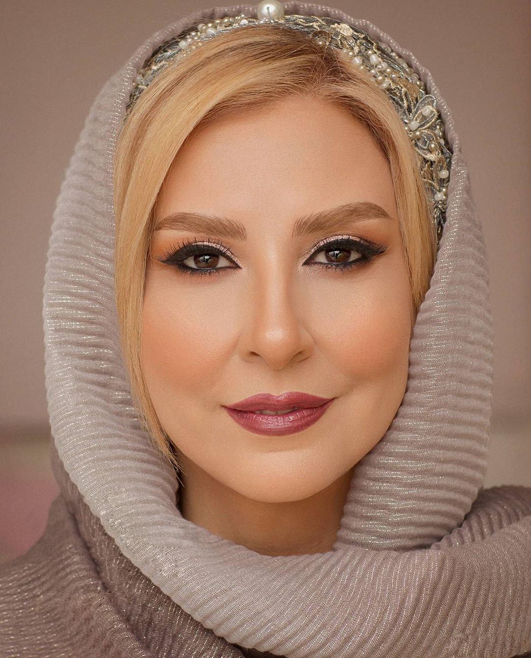 عکس و بیوگرافی مرجانه گلچین Marjaneh Golchin
