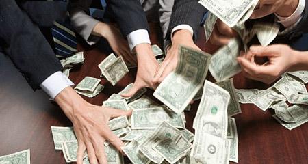 ضرب المثل در مورد حرص و طمع greed