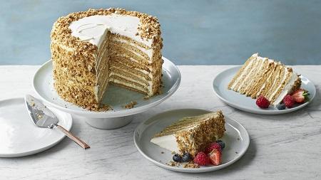 دستور تهیه کیک مدوویک روسی medovik tort