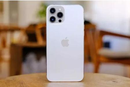 آیفون ۱۳ با حافظه یک ترابایتی IPhone13 1TB memory